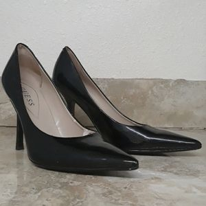 Guess Black Point Toe Heel
